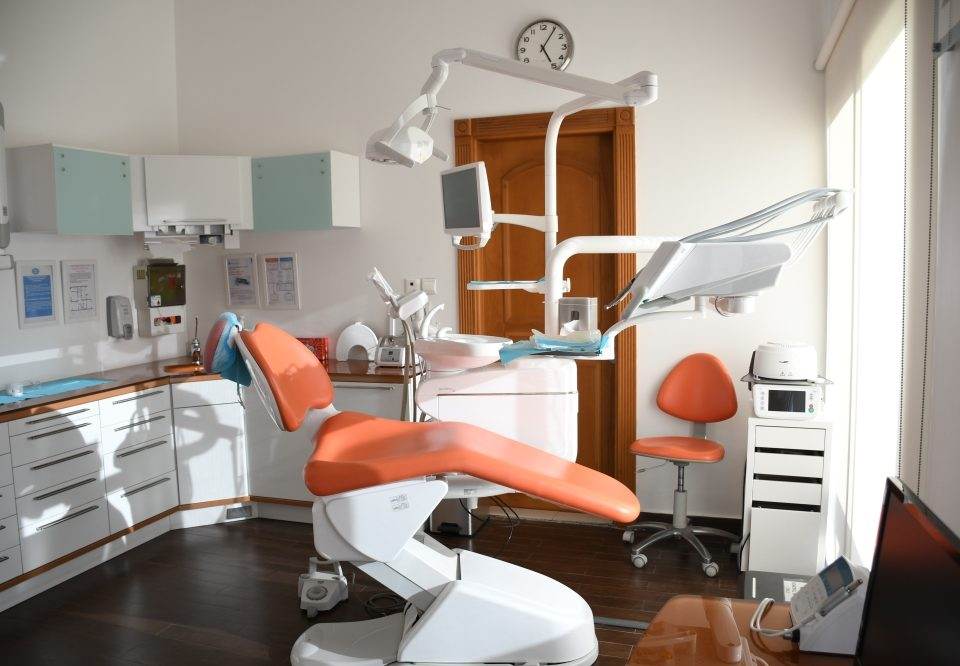 How to Select an Endodontist